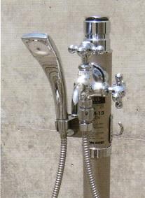 デザイン水栓柱光合金シャワー